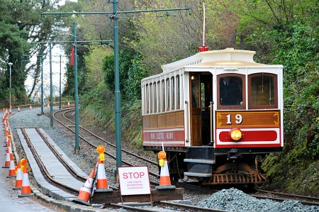 Car No.19 at Groudle with the single line in use clealy seen, during the first weekend of M.E.R. operation in December. © David Lloyd-Jones