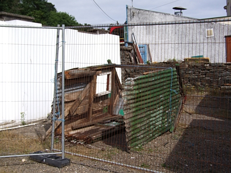 The old shelter from Lewaigue opposite to the Laxey Blacksmith's Siding, July 2012. © Alex Fairlie