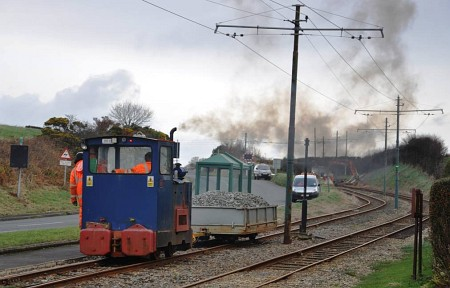 'Pig' arrives at the site of further track relaying at Halfway House, 11.12.14.