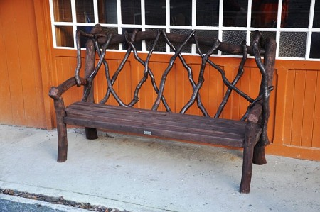 The prototype traditional bench in place on Laxey station, 11.01.15